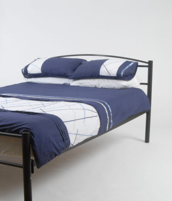 Queen size bed blue doona